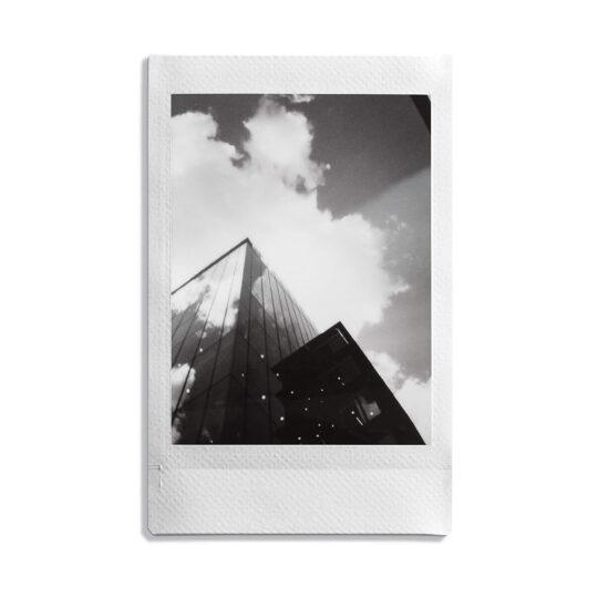 focu-foto-instax-monochrome